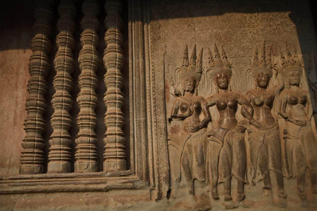 Bennett-Stevens_Apsaras_Angkor-Wat_Cambodia-1024x683