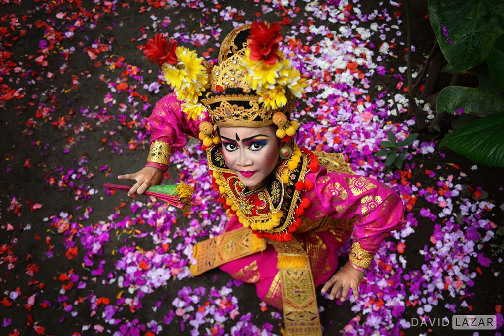 A-little-Legong-dancer-at-temple-taken-on-Bali-photo-tour