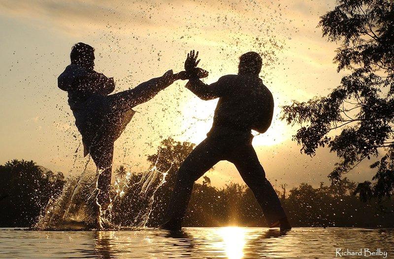 Dick-Beilby-Luminous-Journeys-Balinese-martial-art