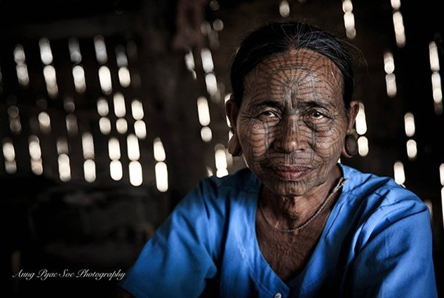 Chin-tattoo-tribe_Aung-Pyae-Soe