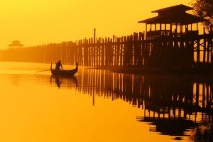 4. Myanmar-photo-tour_U-bein_Luminous-Journeys