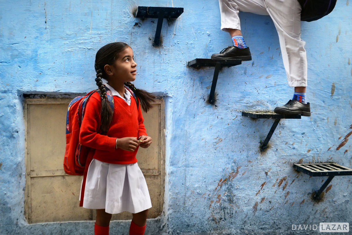 Blue city girl on scene during India photo tour