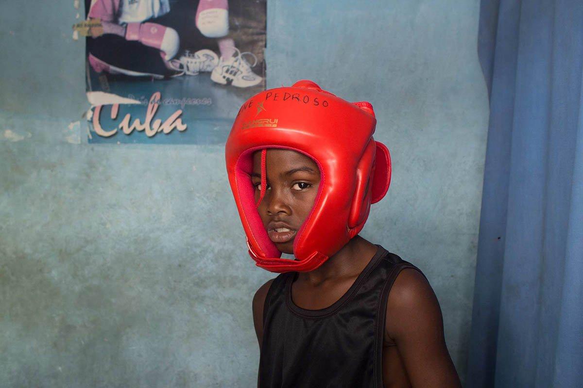 Boxing-Young-Cuban-Boxer_Havana_Luis-Alarcon_Luminous-Journeys-photo-tours.jpg